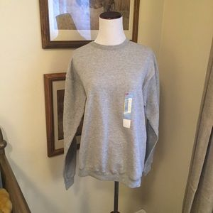 Nwt gray crew neck sweater